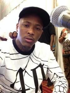 YG selfie