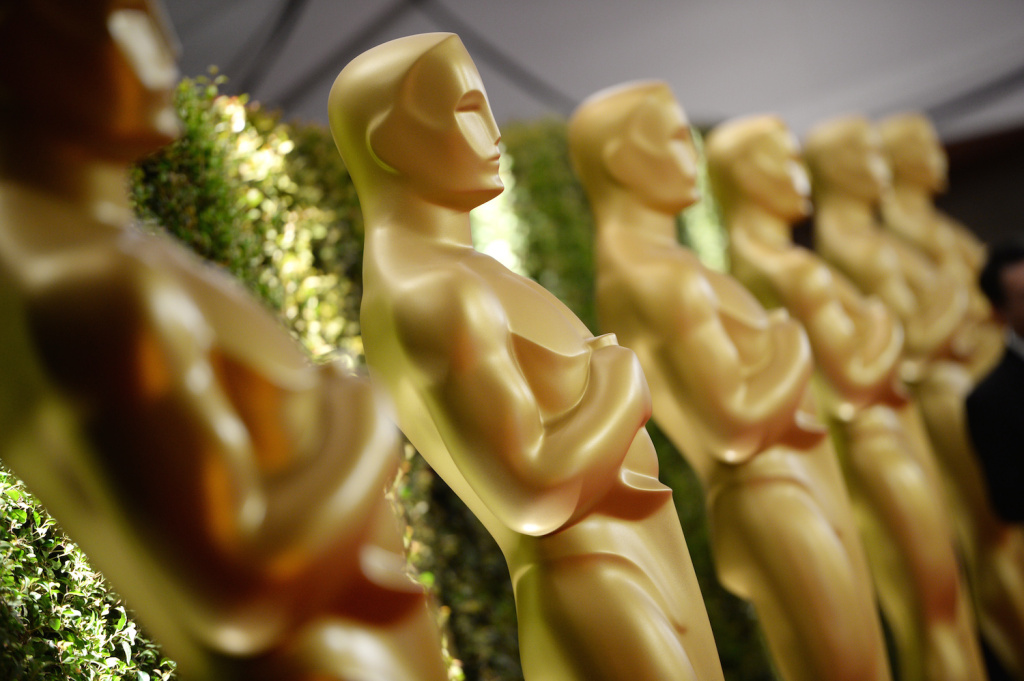 US-ENTERTAINMENT-GOVERNORS AWARDS