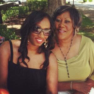 Tia Ratcliff and her mom