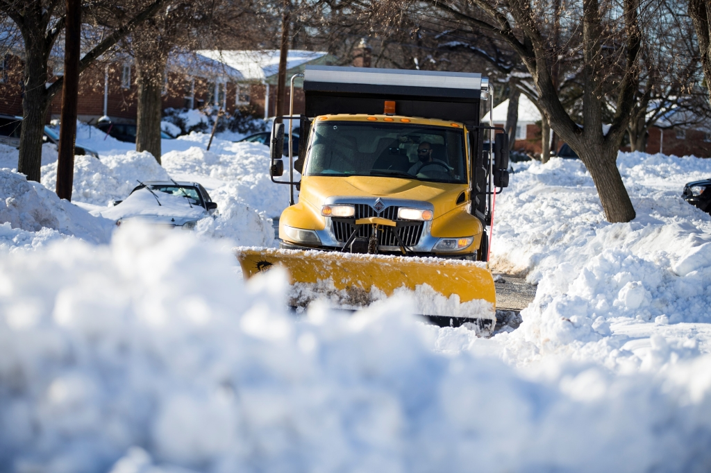 Clean up after Winter Storm Jonas