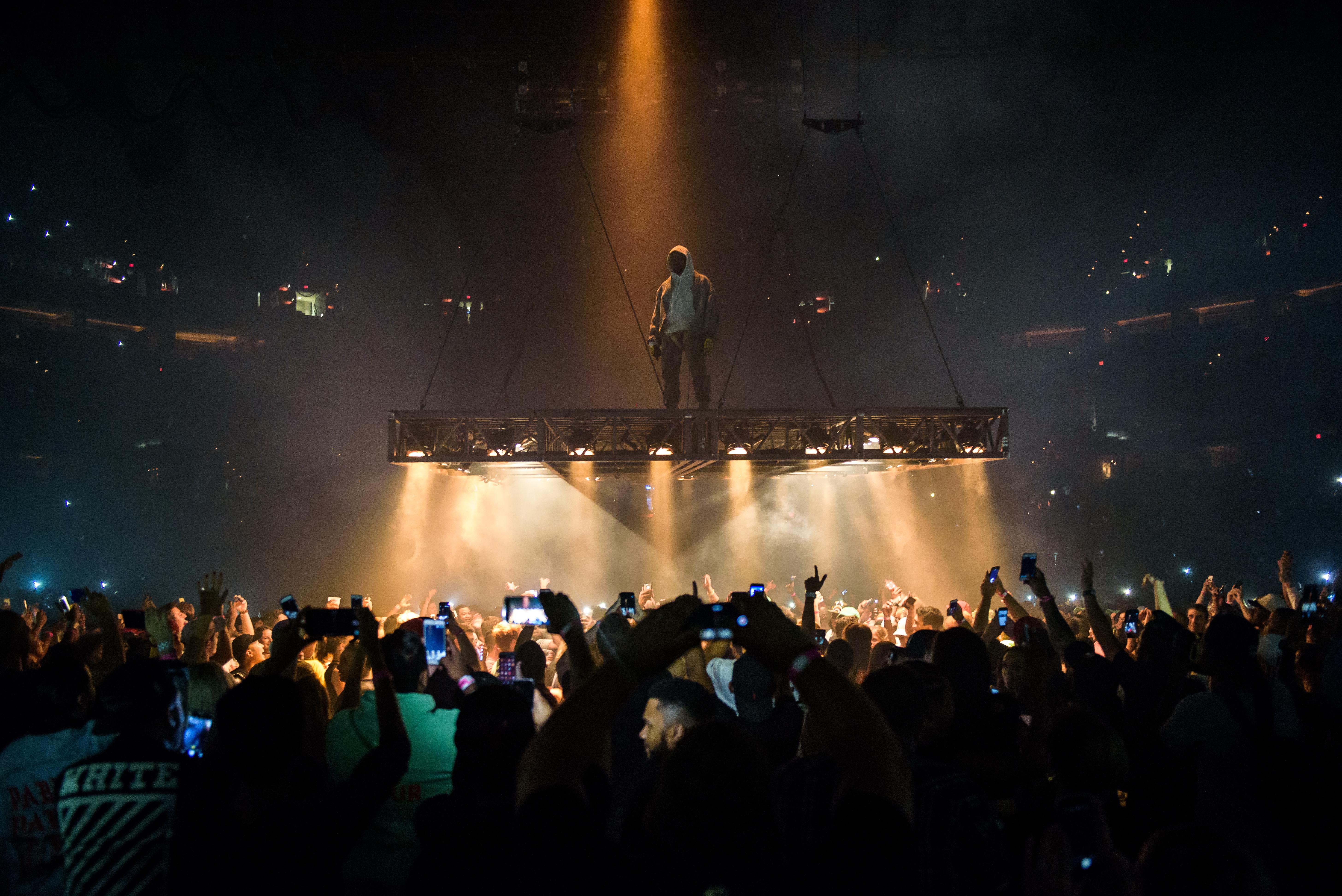 Kanye West Performs in Washington, D.C. on the Saint Pablo Tour