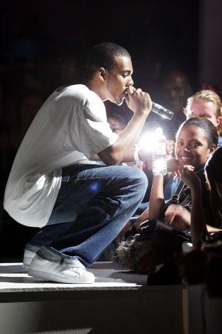 Alicia Keys And Mario Perform At Exit
