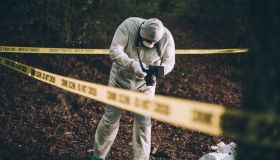 Photographing the crime scene