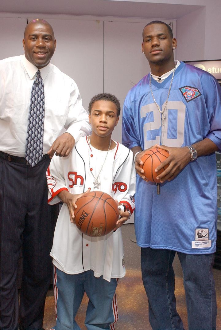LeBron James, Bow Wow and Magic Johnson visit MTV's 'TRL' in 2003