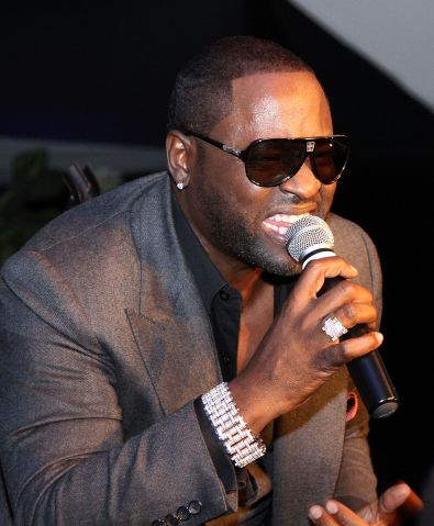 Johnny Gill singing