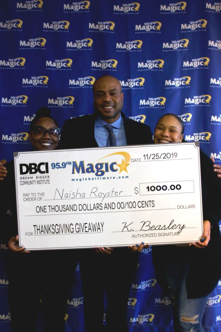 $1,000 Thanksgiving Give Back